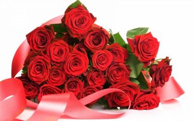 Лидочку поздравляем! - 174861900-red-bouquet-4k-roses-wallpapers-1920x1200.jpg