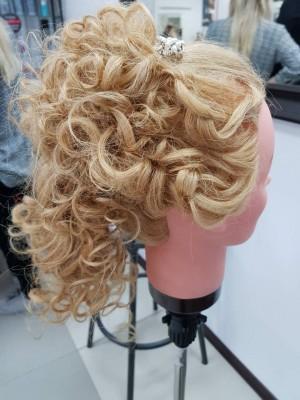 Проба пера- вечерние причёски... - IMG_2305.JPG