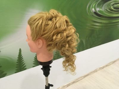 Проба пера- вечерние причёски... - 378340C7-0576-4425-A6F7-DDE846F5298C.jpeg